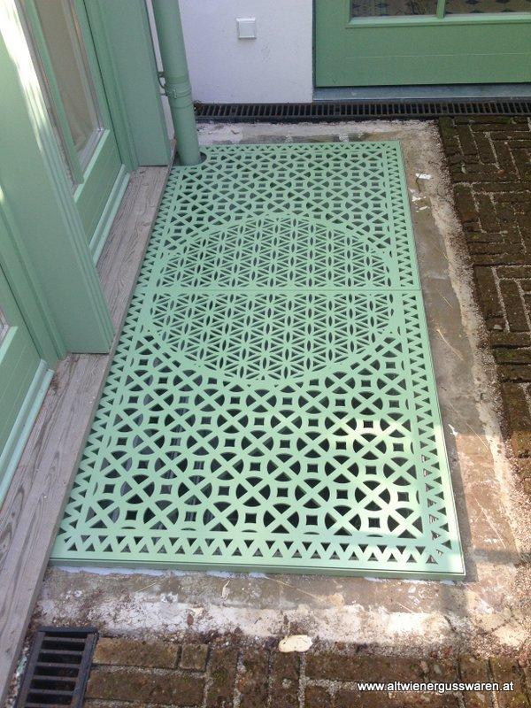 Privatkunde: Bodengitter, Kellerfensterrost & Schachtabdeckung