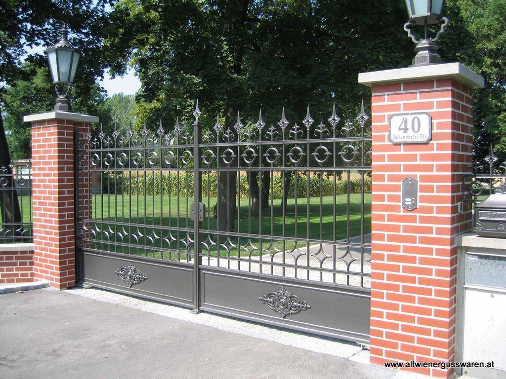 Privatkunde: Zaun und doppelflügeliges Einfahrtstor
