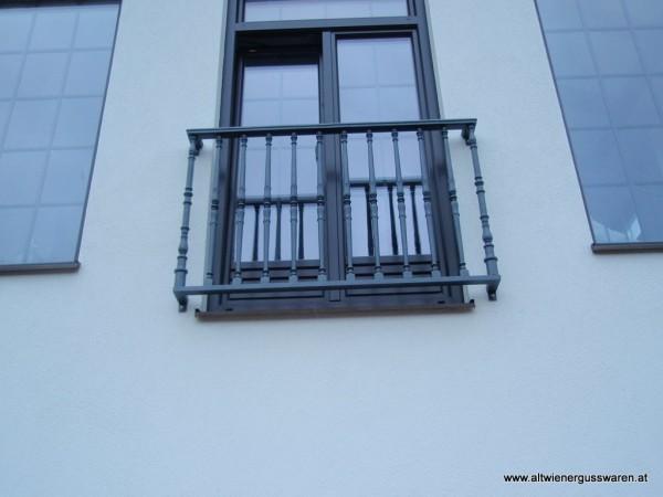 franzoesischer_balkon_gusseisen