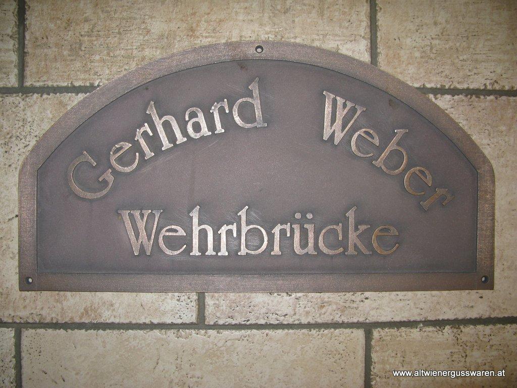Brückentafel Gerhard-Weber-Wehrbrücke Bronzeguss